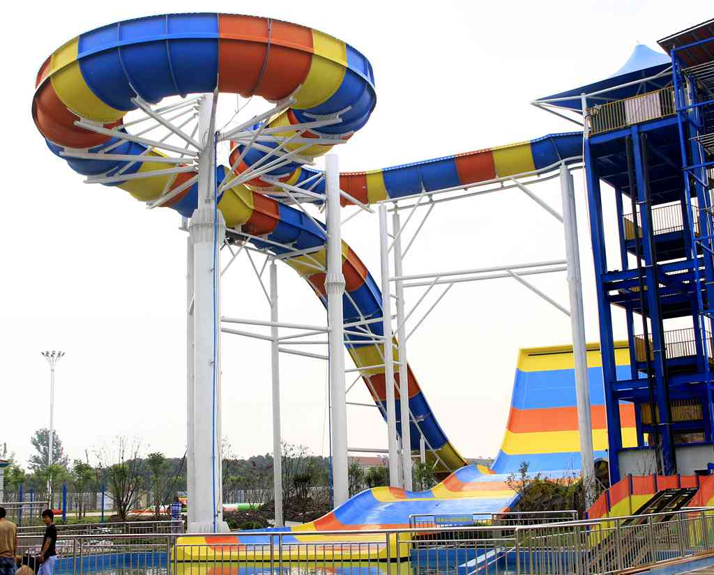 Colorful Aqua Park Equipment , Family Rafting Water Slide